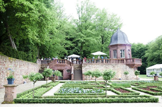 Private Castle Wedding_Nadine & Robert_58